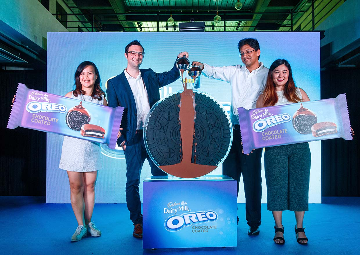 Lick It, Crunch It With Oreo Chocolate Coated