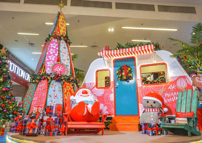 Santa's Summer Vacation @ Avenue K, Kuala Lumpur