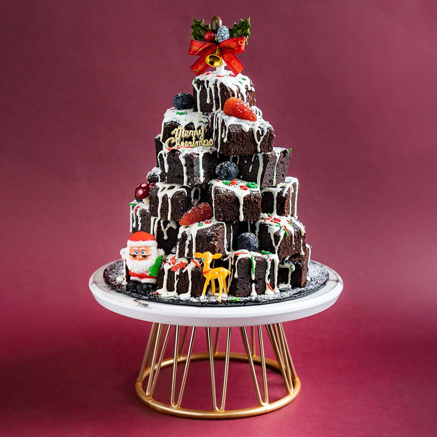 The Season Of Giving with Elevete Patisserie Christmas Confectionery
