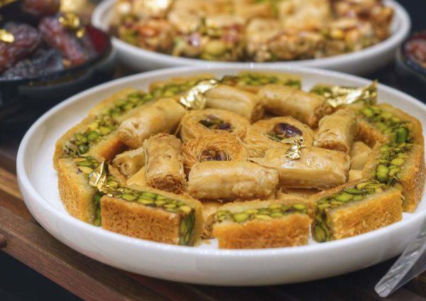 pavilion hotel kuala lumpur muhibbah malaysia ramadan buffet dessert