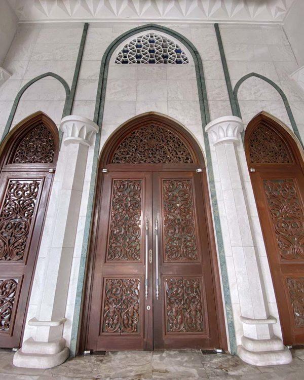 masjid wilayah persekutuan kuala lumpur wood carvings